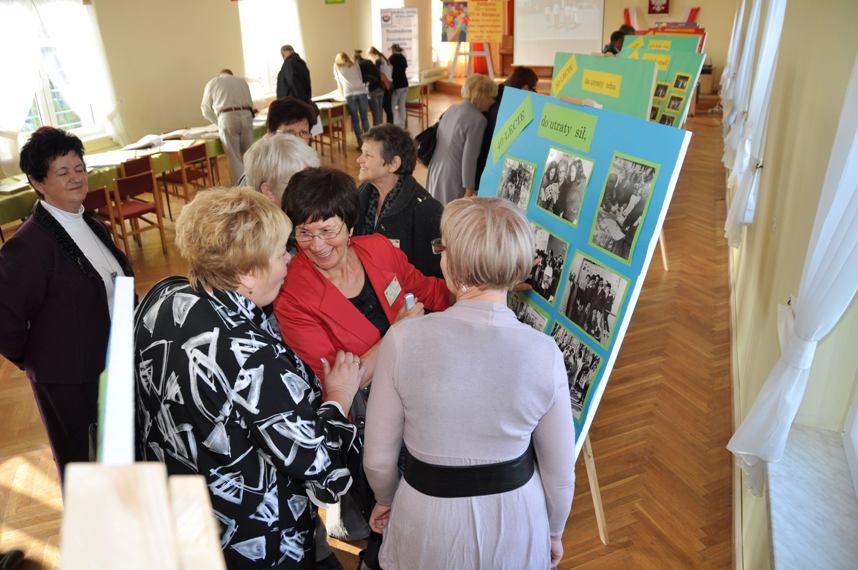 Przeglądasz zdjęcia z artykułu: 65-lecie ZS w Bielawie