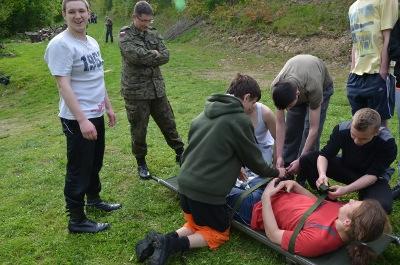 Przeglądasz zdjęcia z artykułu: Obóz sprawnościowo - naukowy klas mundurowych-2013 - 2014